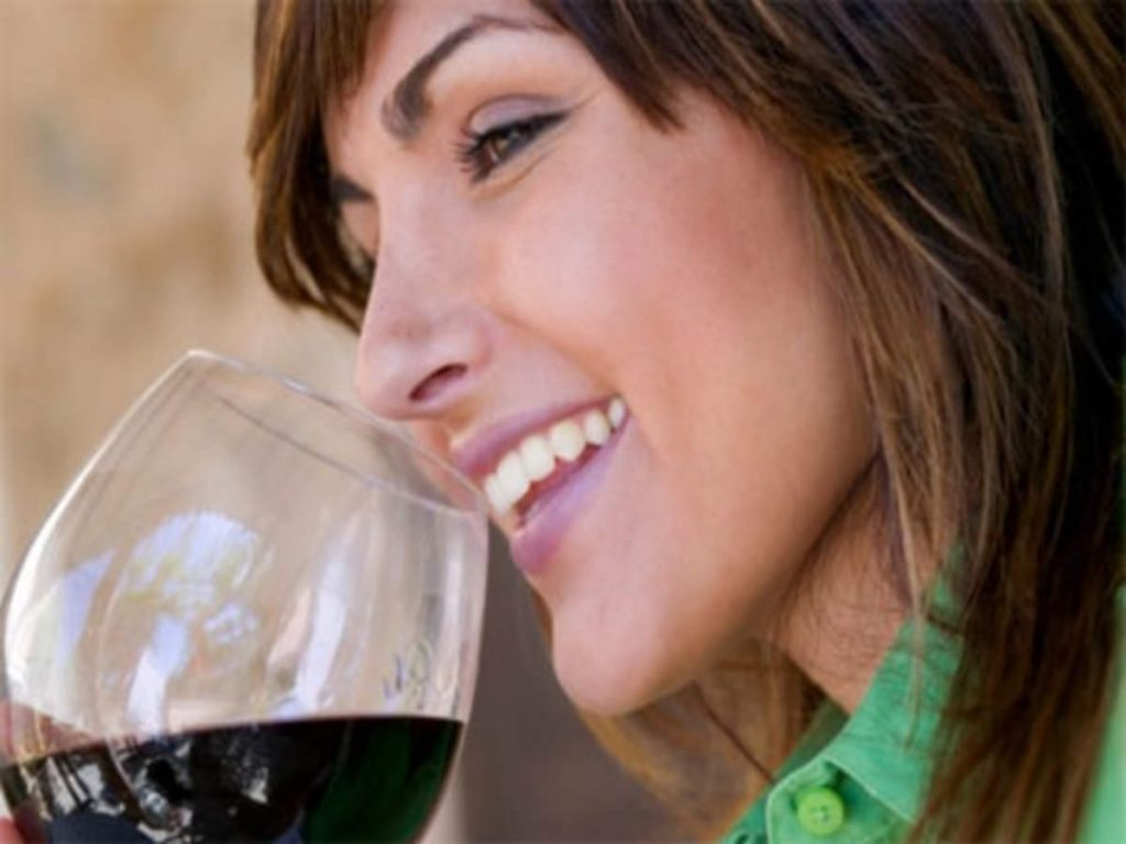 Wine – Drink to avail numerous health benefits!