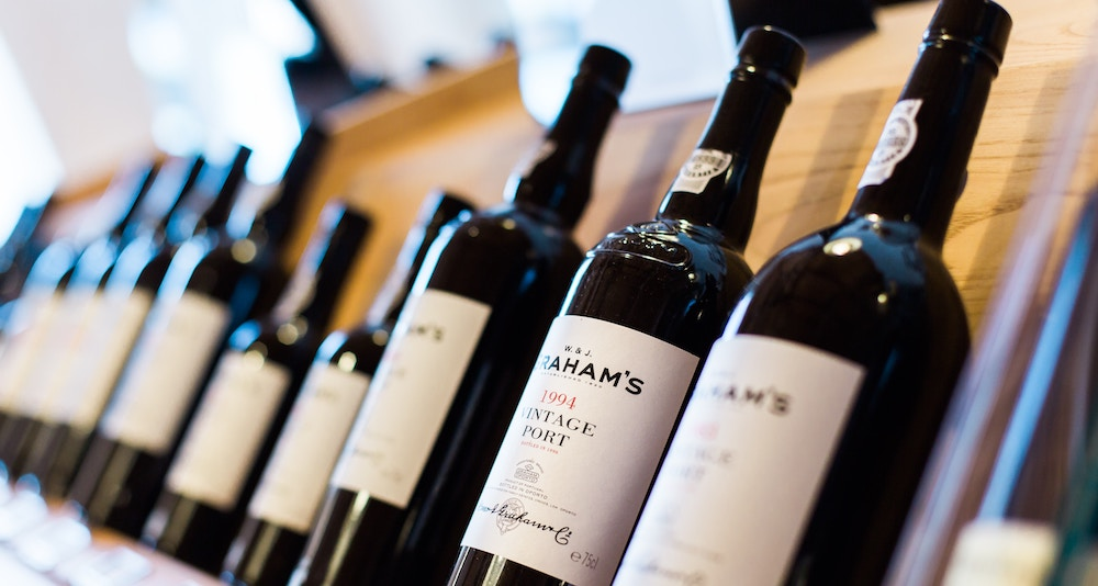 Are you planning to gift wine to a loved one? Read these tips!